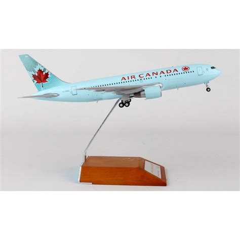 Wings Jet X 1 400 Boeing 767 200 United jc wings 1 200 air canada boeing b767 200 c fbeg lh2aca014 lh2014 diecast aircraft models