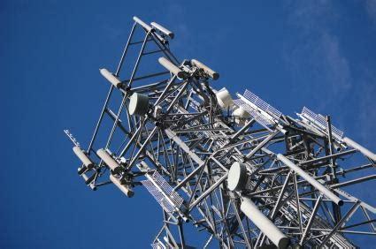operatori italiani telefonia mobile a chi si appoggiano fastweb postemobile coopvoce e gli