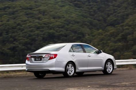 toyota camry hybrid hl review review toyota xv50 camry hybrid 2012 17