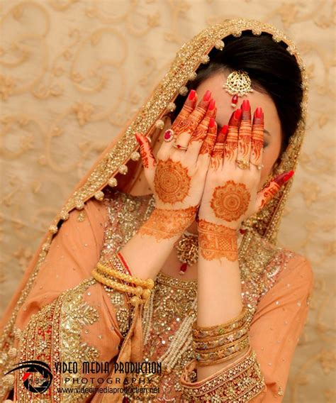 Bridal Mehndi Dp by 188 Best Dresses By Pakistan Images On Indian