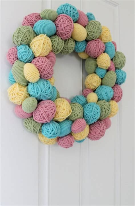 easter wreath ideas 10 creative diy easter wreath ideas