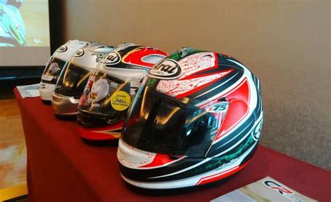 Helm Arai Cargloss cargloss targetkan jual 900 helm arai di 2014 okezone news