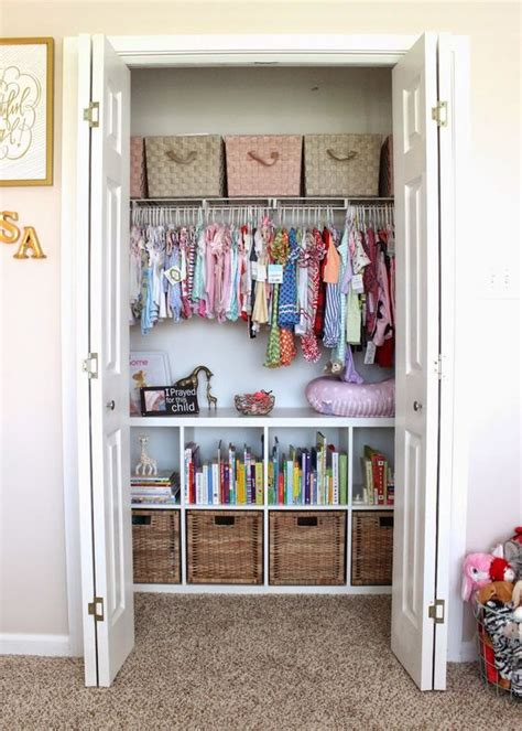 Nursery Closet Ideas by 37 Ideas To Decorate And Organize A Nursery Digsdigs