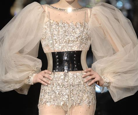 Dolce And Gabbana Fall 2007 Collection by 40 Best Design Revelation The Sleeve Images On