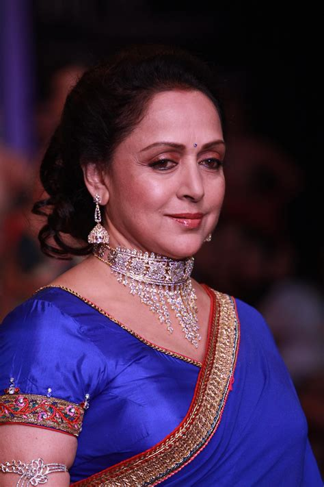 hema malini hema malini bollywood fashion police