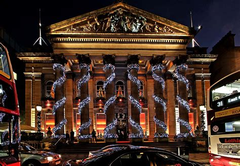 christmas decorations edinburgh ideas christmas decorating
