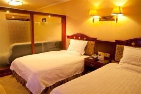 hotel chains with 2 bedroom suites 豪华单人间 picture of tianhao chain like hotel guiyang