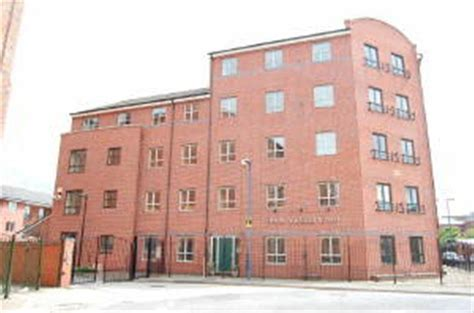 2 Bedroom Apartments Nottingham by 2 Bedroom Apartment For Sale In Royal Court