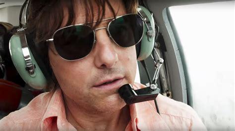 film tom cruise pilot american made trailer tom cruise crash lands a plane