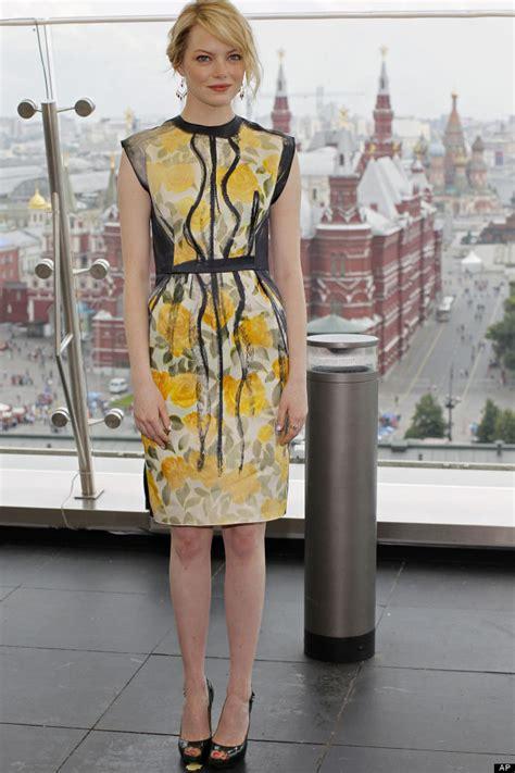 emma stone yellow dress fashion face off emma stone vs herself huffpost uk