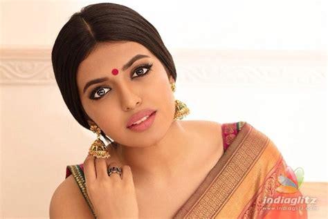 actor vishal romance vishnu vishal to romance a star daughter tamil movie