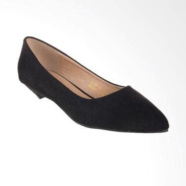 Model Sepatu Yongki Komaladi Wanita jual sepatu tas clutch yongki komaladi model terbaru blibli