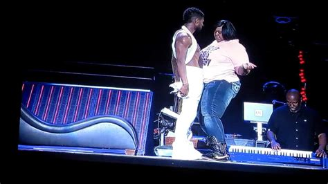 usher song girl omg tour pick me watch big girl quot get it get it quot with