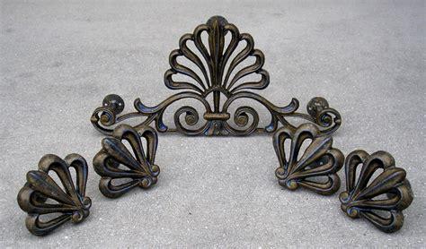 drapery hardware medallions 136 best drapery medallions images on pinterest