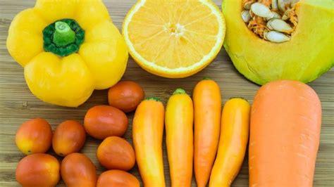 alimenti per l abbronzatura carotenoidi il segreto per l abbronzatura perfetta