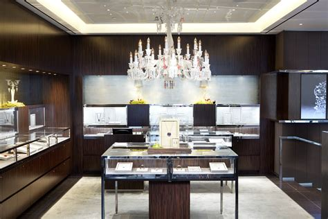 Chandelier Store Nyc Baccarat Unveils New Flagship Store In New York City Pursuitist