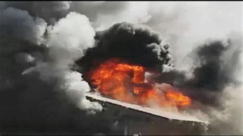 anaheim firefighter falls through roof california firefighter fall through roof of burning home