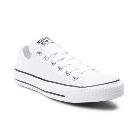 Sepatu Converse Allstar Clasic Black White converse chuck all lo leather sneaker white 398966