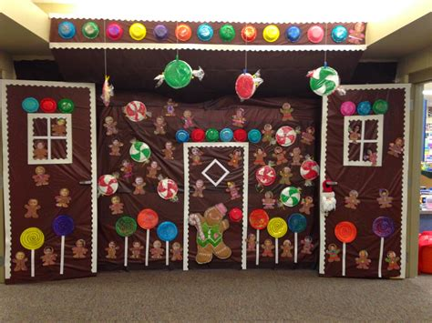 giner bread cubicle christmas decorations mrs preschool school cubicle gingerbread and decoration