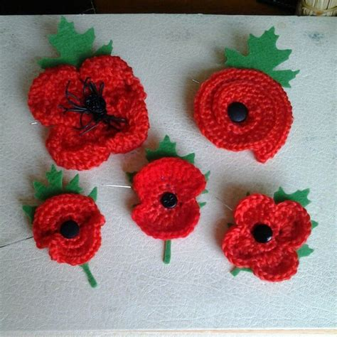 pattern crochet poppy 107 best poppies crochet images on pinterest knitted