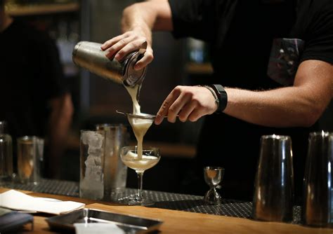 bar stars   bartenders shaping bay areas cocktail