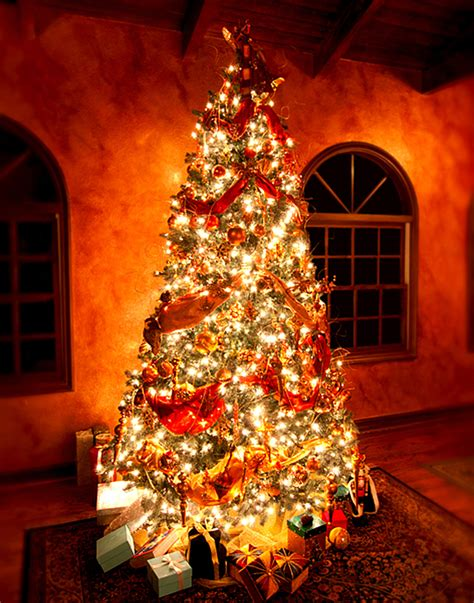 traditional italian christmas tree decorations italian decorations lovetoknow