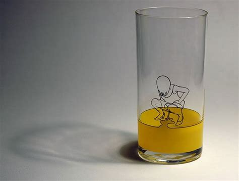 cool glassware 22 cool and creative drinking glasses bored panda