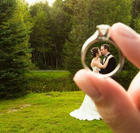 5 fun photography ideas you can diy for your wedding day