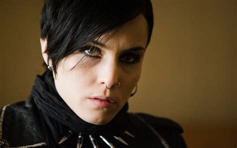 is the girl with the dragon tattoo in english the with the wallpapers pictures images
