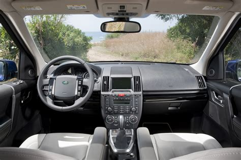 land rover hse interior 2013 land rover lr2 hse interior dashboard eurocar news