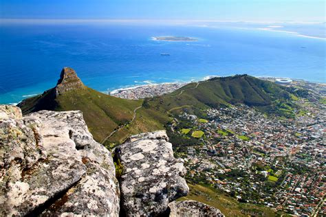 Table Top Mountain South Africa by Atop Table Mountain In Cape Town International Traveller