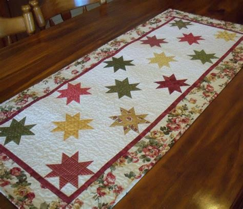 12 easy quilted table runners make one today quilt