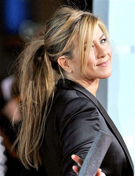 jennifer aniston hairstyles bangs blogspot jennifer aniston s hair evolution jennifer aniston