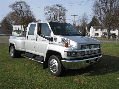 2004 Chevrolet Truck by 2004 Chevrolet Kodiak C4500 Crew Cab W Box