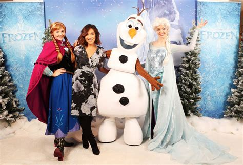 frozen film premiere myleene klass olaf s frozen adventure mini film premiere