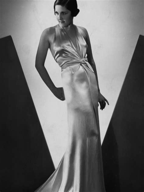 hollywood actress popularised white dress fashioning nostalgia old hollywood glamour 1930s white