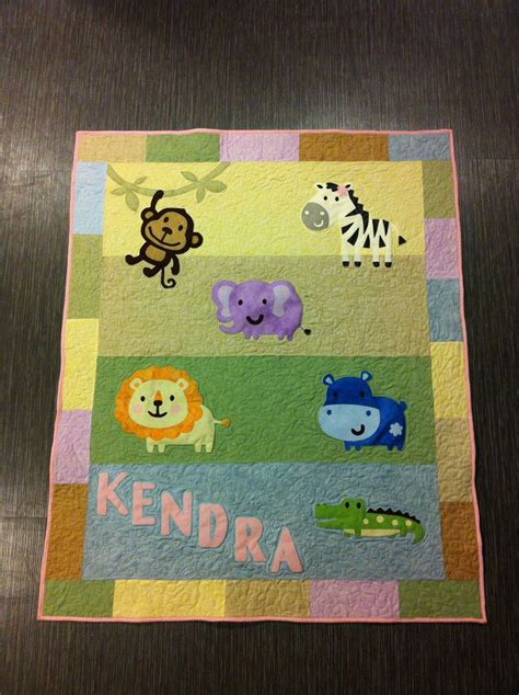 Blossom Blanket Marsha Selimut baby quilt using cricut critters awesome idea crafts ideas baby quilts and babies