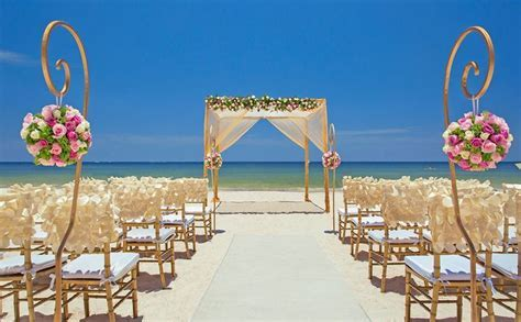 The 25  best Cancun wedding ideas on Pinterest