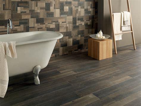 piastrelle bagno effetto legno legno in bagno gres un sostituto alla moda