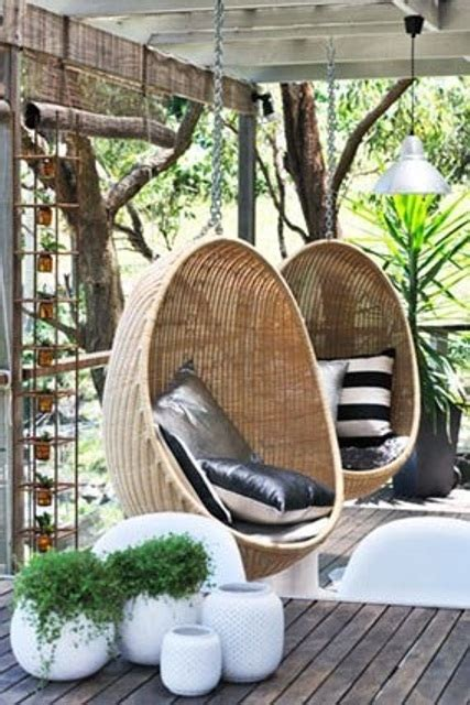 hanging swing chair outdoor 33 awesome outdoor hanging chairs digsdigs