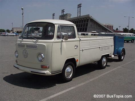 vintage volkswagen truck vintage vw truck pixshark com images