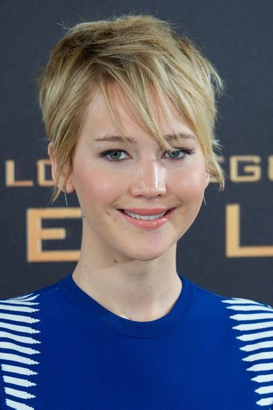 hambre hairstyles jennifer lawrence messy cut jennifer lawrence hair looks