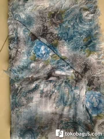 Pasmina Linen Kusut Bolak Balik Motif intip galeriku jilbab segi 4 bolak balik motif