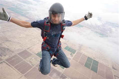 Uconn Mba Fall 2017 Schedule free fall uconn s skydiving team uconn today