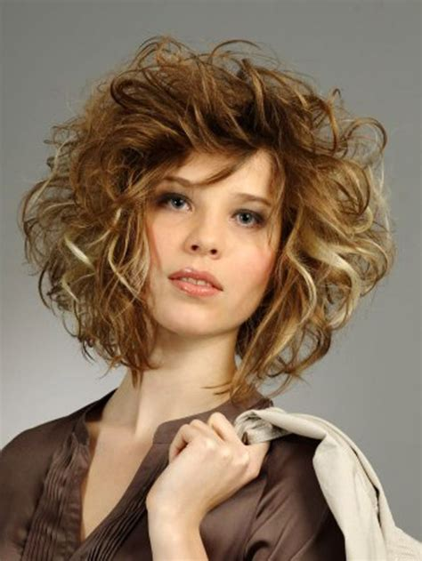 hairstyles messy curls medium lenght messy hairstyle ideas haircuts hairstyles