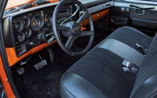 1985 chevrolet c10 interior photo 2