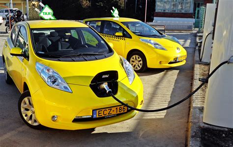 supercapacitor electric car supercapacitors move closer to replacing batteries in electric vehicles autoevolution