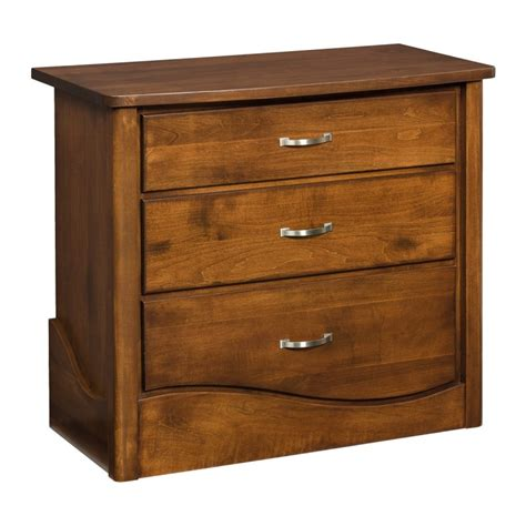 Small Changing Tables Tanessah Small Changing Table Amish Made Solid Wood Country Furniture