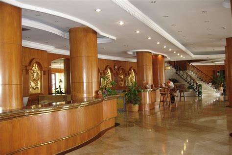 Comptoir De Reception Hotel 2480 by Comptoir De Reception Hotel Best Personnalis Couleur