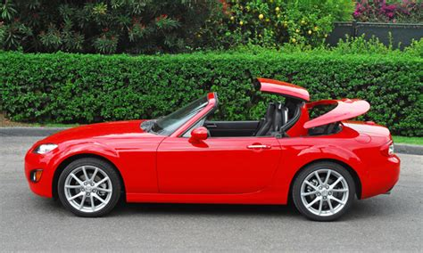 mazda miata hardtop review 2010 mazda mx 5 miata grand touring hardtop convertible